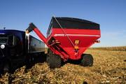 1300 bushel dual auger grain cart, grain handling, largest grain cart, grain cart with tracks