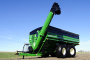 Model 1596 with 1500 Bushel Capacity