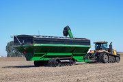 Brent 2596 Grain Cart Rear