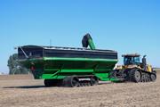 2500 bushel grain cart, largest grain cart, grain cart with tracks, auger wagon, auger cart, chaser bin
