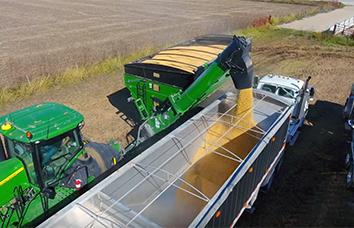 2000 bushel, 1500 bushel, 1300 bushel and 1100 bushel dual-auger grain carts, grain handling