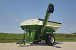 Killbros 1135 Corner Auger Grain Cart