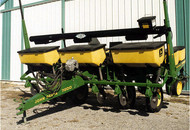 Planter Cross Auger