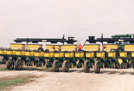 Dual Cross Augers for 12 and 16-row 30 Inch Models