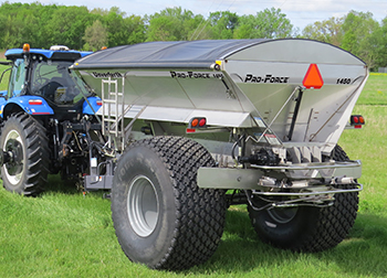 Pro-Force 1450 Dry Spreader with Optional Roll-Tarp