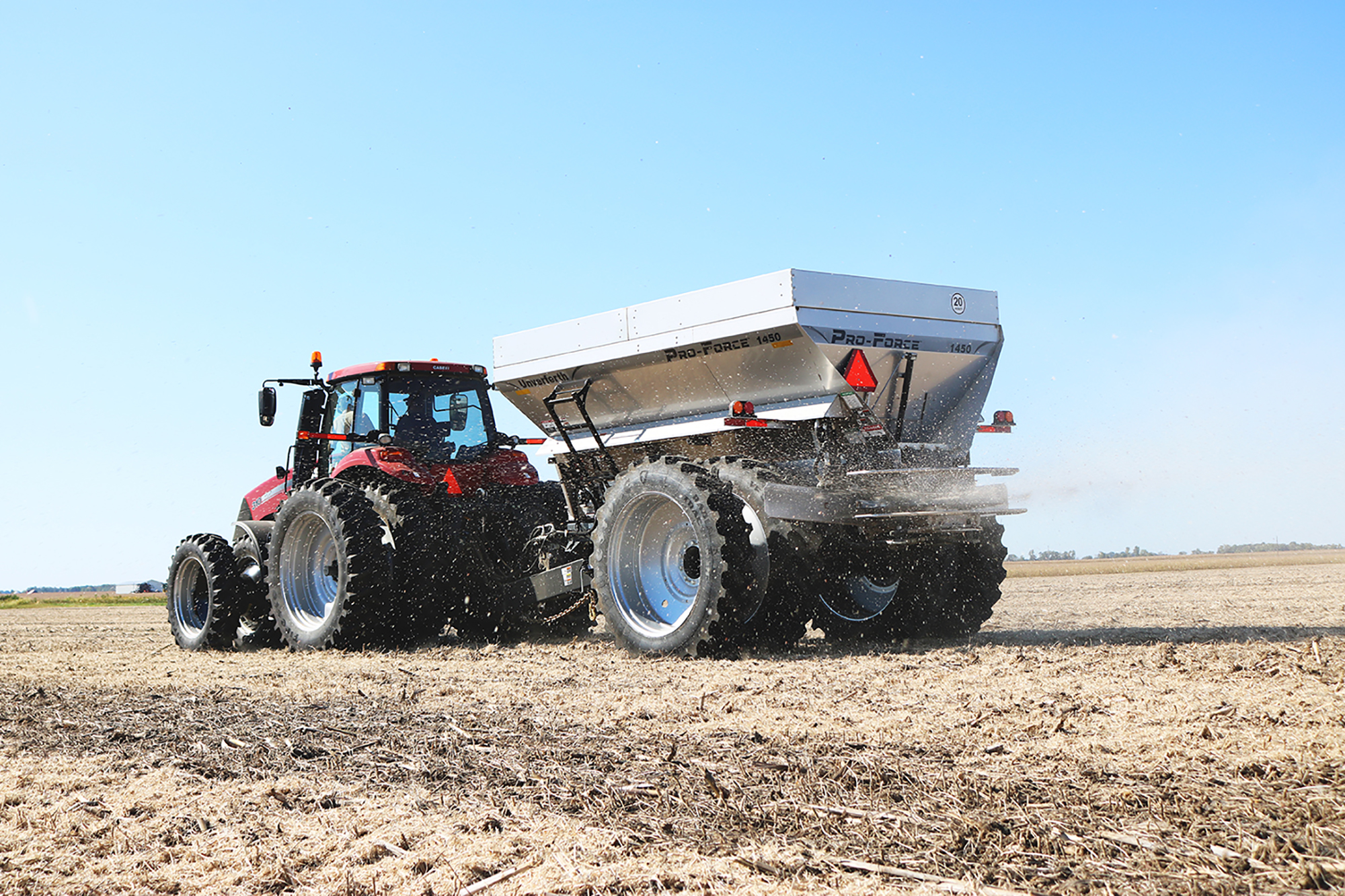 Unverferth Pro-Force Dry Spreader Pull Type