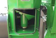 Dual Auger Grain Cart Vertical Auger Cleanout Door