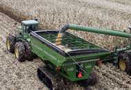 Model 1317 X-TREME Grain Cart In-Field