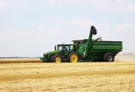 Model 1320 Dual Auger Grain Cart Catching Combine