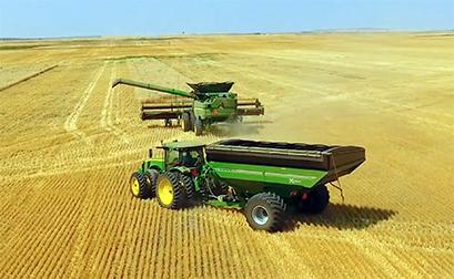 Unverferth XTREME 19-Series Front-Folding Grain Carts