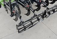Bladed Leveling Roller